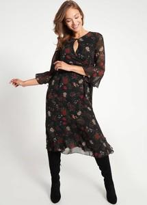 Sukienka QUIOSQUE z długim rękawem midi