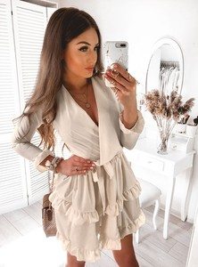 Sukienka Pakuten z długim rękawem w stylu casual