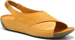 Sandały T.sokolski na koturnie