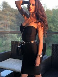 Sukienka Smlfashion.pl bandażowa z długim rękawem mini
