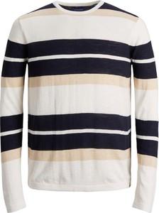 Sweter Jack & Jones z okrągłym dekoltem w młodzieżowym stylu z bawełny