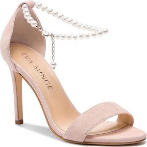 Różowe sandały Eva Minge z klamrami na szpilce ze skóry