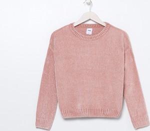 Różowy sweter Sinsay