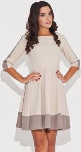 Sukienka Katrus z długim rękawem z okrągłym dekoltem w stylu casual