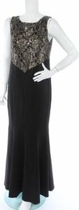 Czarna sukienka Mei Mei bez rękawów maxi