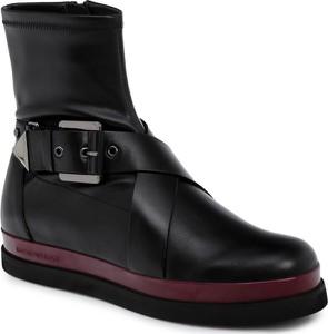 Czarne botki Emporio Armani na platformie