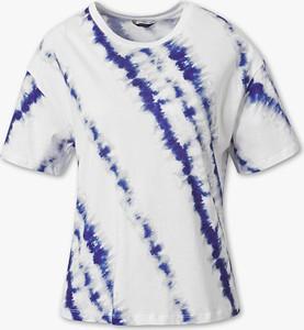 T-shirt Yessica Premium w stylu casual