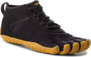 Buty sportowe Vibram Fivefingers sznurowane ze skóry ekologicznej w sportowym stylu