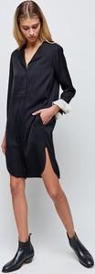 Czarna sukienka Strenesse z jedwabiu z długim rękawem z dekoltem w kształcie litery v