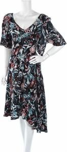 Sukienka Blue Illusion z dekoltem w kształcie litery v z długim rękawem midi