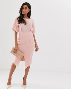 Różowa sukienka Asos Design