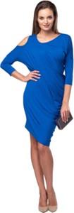 Niebieska sukienka Look made with love asymetryczna z długim rękawem