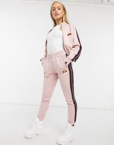Różowe spodnie Ellesse z dresówki