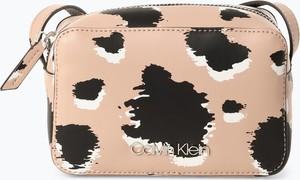 Różowa torebka Calvin Klein mała