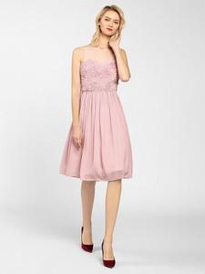 Sukienka Apart z okrągłym dekoltem bez rękawów