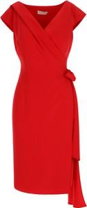 Czerwona sukienka POTIS & VERSO z krótkim rękawem z dekoltem w kształcie litery v