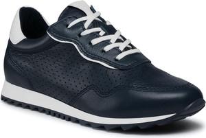 Granatowe buty sportowe Tamaris z płaską podeszwą sznurowane