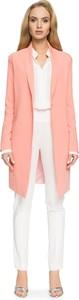 Różowy płaszcz Style