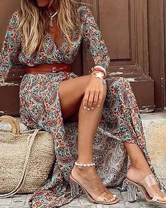 Sukienka Kendallme trapezowa w stylu boho z dekoltem w kształcie litery v