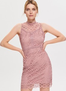 26bba5cc Różowe sukienki koronkowe Reserved, kolekcja wiosna 2019