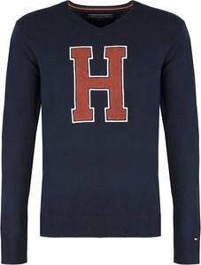 Sweter ubierzsie.com z wełny w młodzieżowym stylu