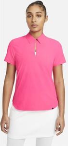 Różowy t-shirt Nike z kołnierzykiem
