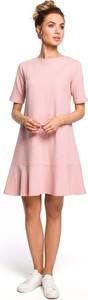 Różowa sukienka MOE z krótkim rękawem trapezowa z bawełny