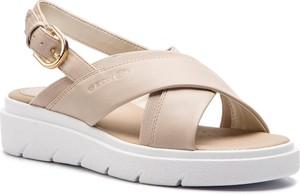 927fe186 Sandały Geox w stylu casual na średnim obcasie na koturnie