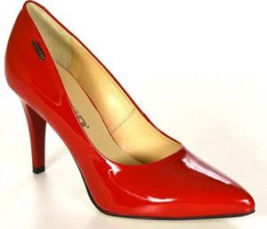 ad4f076fc3cf5 Acord 5660 czerwony lakier 750 czółenka damskie