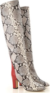 Kozaki Gia Couture ze skóry na słupku za kolano