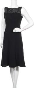 Czarna sukienka Evan-picone bez rękawów midi