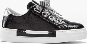 Czarne buty sportowe bonprix na platformie sznurowane ze skóry