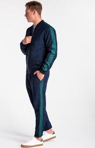 Niebieska kurtka Ombre_Premium w stylu casual