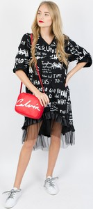 Czarna sukienka Olika z długim rękawem w stylu casual koszulowa
