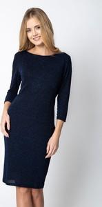 Granatowa sukienka QUIOSQUE prosta z długim rękawem z okrągłym dekoltem