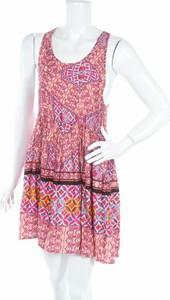 Sukienka Mink Pink w stylu casual mini rozkloszowana