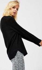 Czarny sweter Moodo w stylu casual