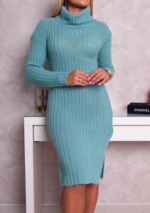 Sukienka Moda Doris z golfem z długim rękawem