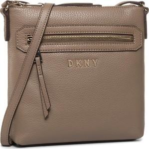 Brązowa torebka DKNY matowa na ramię w stylu casual