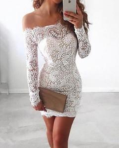 Sukienka Kendallme z odkrytymi ramionami mini