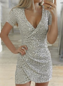 Srebrna sukienka Sandbella