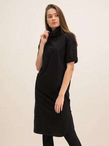 Czarna sukienka Hugo Boss