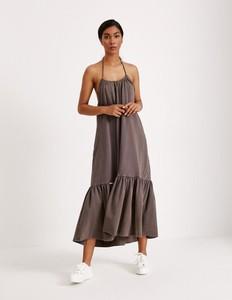 Brązowa sukienka Diverse z dekoltem w kształcie litery v z dzianiny