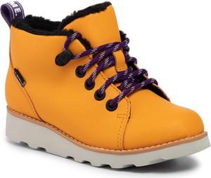 Żółte buty dziecięce zimowe Clarks sznurowane