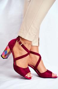 Sandały Sergio Leone na słupku