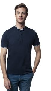 Niebieski t-shirt Recman z krótkim rękawem