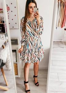 Sukienka FidoStyle z szyfonu midi