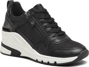 Czarne buty sportowe Caprice sznurowane