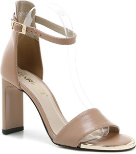 Sandały Karino ze skóry