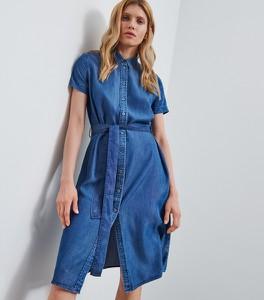 Sukienka Reserved z krótkim rękawem koszulowa